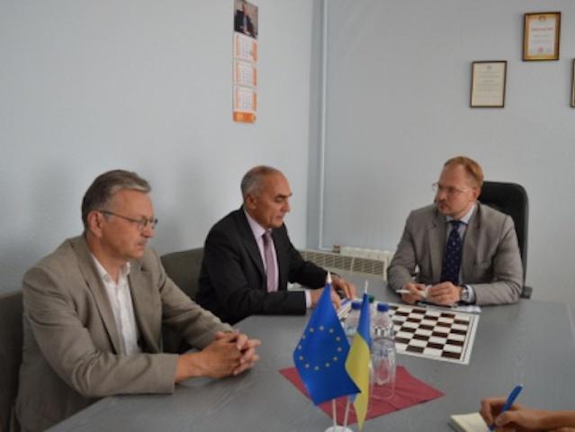 Рабочая встреча Заместителя Министра молодежи и спорта Украины по вопросам европейской интеграции с Генеральным секретарем ГУАМ