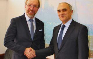 Генеральный секретарь ГУАМ Эфендиев и президент Украинской ТПП Чижиков