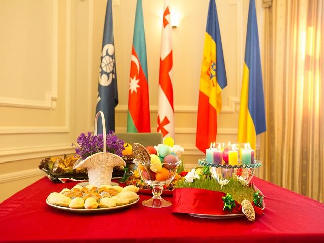 Презентация и прием «Вкусы, цвета и традиции Новруза»